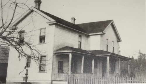 Atchison Family home circa 1905