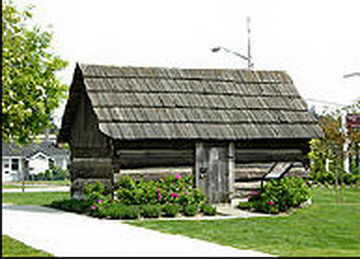 Eric Anderson's 1872 pioneer log cabin